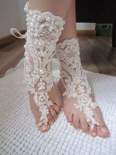 Ivory Bridal Sandals, Ivory Lace wedding Anklet,  barefoot sandals,Wedding Anklet,Pearl Lace Sandals