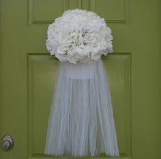 Wedding Wreath - Bridal Veil Wreath - Wedding Shower Decoration