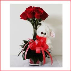 ARREGLO FLORAL CON 12 ROSAS ROJAS + OSO DE PELUCHE Valentine Flower Arrangements, Valentines Flowers, Valentine Gifts, Floral Arrangements, Ikebana, Flower Packaging, Fresh Flowers, Floral Design, Projects To Try