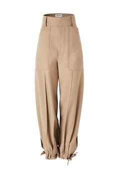 Balloon trousers in wool : Balloon trousers in wool Fashion Pants, Fashion Outfits, Womens Fashion, Looks Style, My Style, Mode Kpop, Looks Plus Size, Fashion Details, Fashion Design