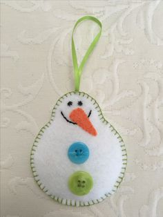 Felt crafts, felt ornament, snowman, snowmen, winter, made by Janis