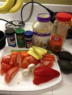 vitamix: Tortilla Soup 4 cups vegetable broth/stock  2 Raw Roma Tomatoes – halved 2 Raw Carrots – halved 1 raw stalk of celery Slice of raw onion (we used a white onion) Slice of cabbage (we used green cabbage) Slice of raw red pepper 1 small yellow squash 1 garlic clove (peeled) 3 small white mushrooms (raw) 1 1/2 avocados