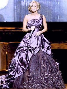 On Sale Colorful Red Dresses Carrie Underwood One Shoulder Purple Evening Dress 2010 CMA Awards Purple Evening Gowns, Purple Gowns, Purple Dress, Evening Dresses, Dress Red, Sexy Dresses, Blue Dresses, Beautiful Dresses, Prom Dresses