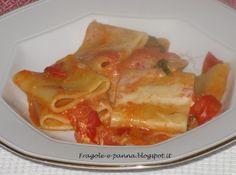 Fragole e panna mostra i suoi Paccheri cremosi, fatti con i ciliegini, formaggini e sottilette !! :)