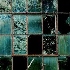 The Heart of a Slytherin Slytherin Aesthetic, Broken Window, Broken Glass, Jolie Photo, Draco Malfoy, Shades Of Green, Hogwarts, Bunt, Art Photography