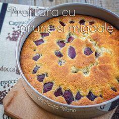 Din bucătăria mea: Prajitura cu prune si migdale Easy Apple Cake, Apple Pie, Romanian Desserts, Mocca, Almond, Sweet Treats, Deserts, Goodies, Easy Meals
