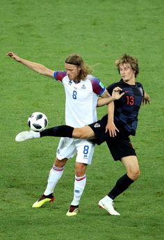 Birkir Bjarnason of Iceland is challenged by Tin Jedvaj of Croatia during the 2018 FIFA World Cup Russia group D match between Iceland and Croatia at Rostov Arena on June 2018 in Rostov-on-Don,. Soccer World Cup 2018, Fifa World Cup, Rostov On Don, Croatia, Iceland, Challenges, Running, Goku, Ms