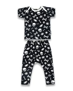 Skulls & Bones Pyjama Set