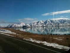Omarama-otematata rd, over looking Lake Aviemore, down in Canterbury, New Zealand. photo by Gabriel