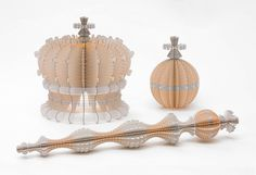 Cardboard Sculptures by Ferry Staverman - All About Papercutting Ideas Paso A Paso, Cardboard Sculpture, Paper Sculptures, Artisan & Artist, Jellyfish Art, Mother Art, Paper Crafts Origami, Paper Artwork, Paper Artist
