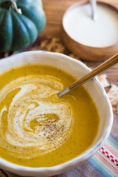 This Roasted Acorn Squash Soup recipe is quick and easy to make and is PERFECT for the cold winter months. It's light and healthy but still leaves you feeling full and satisfied!   bbritnell.com