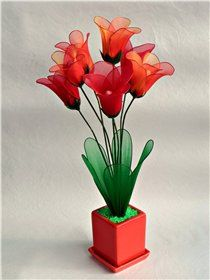 Галерея-цветы из ткани и капрона - Страница 2 Nylon Flowers, Diy Flowers, Fabric Flowers, Zipper Jewelry, Silk Ribbon Embroidery, Flower Tutorial, Craft Work, Flower Crafts, Artificial Flowers