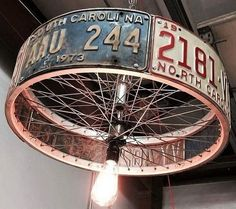 DIY lamp: 76 super cool crafting ideas- DIY Lampe: 76 super coole Bastelideen dazu A super creative DIY lamp from car license plate -