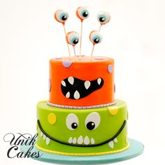 Jackie contacted us about a 1st birthday cake for Evan with the theme of little monsters. The cake turned out super cute and fit right into the theme of the rest of the party.