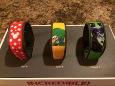 I need to do this Mad Hatter picture on my new Magic Band! Disney Vacation Club, Walt Disney World Vacations, Disney Cruise Line, Disney Trips, Disney Diy, Disney Crafts, Disney Love, Disney 2015, Mad Hatter Pictures