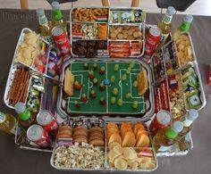 My son is getting interested in soccer. For the birthday party . - My son is getting interested in soccer. For the birthday party, I should instead of the obligatory - Diy Cupcake, Ideias Diy, Party Buffet, Snacks Für Party, Superbowl Party Food Ideas, Football Party Foods, Food Humor, Diy Birthday, Creative Food