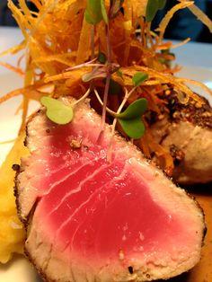 Steak de atún rojo a la pimienta. Red tuna pepper steak  www.nolita.com.co