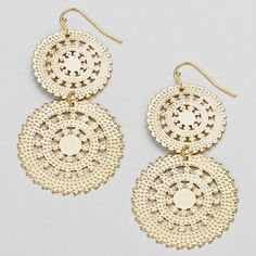 These earrings have a lovely vintage feel to them.  They are lightweight and easy to wear.  Perfect for a date night or just a day of work.  DOUBLE TIER CREAM AND GOLDTONE GEAR SHAPED EARRINGS $4.99 www.nanascountryrusticshop.com www.facebook.com/nanascountrusticshop