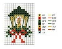 tiny holiday cross-stitch (for cards?)