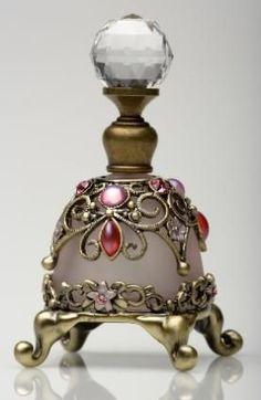 #antiqueperfumebottles  #everythingantique