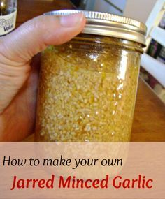 Making your own jarred minced garlic is so easy! Just 3 ingredients and you will have a big jar of garlic-y goodness in your fridge! A must have when cooking. Canning Tips, Home Canning, Salsa Canning Recipes, Canning Soup, Pressure Canning Recipes, Easy Canning, Do It Yourself Food, Canned Food Storage, Canning Jar Storage