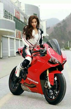 Hot chick n hot bike what else u want?