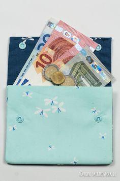Lila-Lotta : Börsen-Fieber ! Adventskalender-Türchen Nr. 23 öffnet heute Mira kleine Naht ganz groß