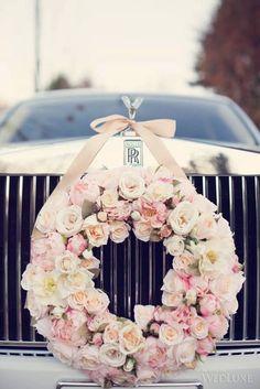 Ideas para Decorar los coches de boda o xv años http://comoorganizarlacasa.com/ideas-decorar-los-coches-boda-xv-anos/