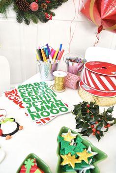 DIY Holiday Gift Wrap Ideas on Kara's Party Ideas   KarasPartyIdeas.com (15)