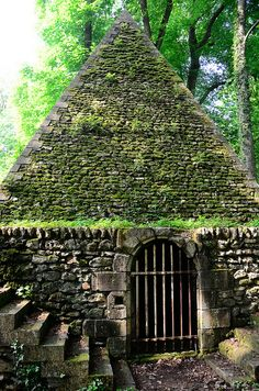 The Désert de Retz is a ruined French garden in Chambourcy, France - the Icehouse folly.
