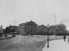 Ostbahnhof Kaiser Franz, Munich, Vienna, Maui, World War, Berlin, Louvre, Black And White, History