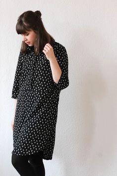 Helmi Tunic Dress, Named Pattern, Seemannsgarn, Flamingo print Named Clothing, Dress Name, Flamingo Print, Sewing Patterns, Helmet, Tunic Pattern, Street Style, Knitting, My Style