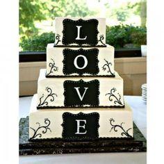 Gâteau à étages motifs mariage - Magazine Avantages