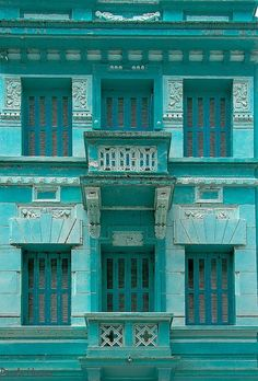 Facade in blue by Paulo Heuser, via Flickr ~ Porto Alegre, Brasil ^This means...IT ACTUALLY EXISTS!!!