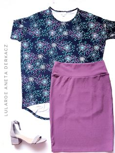 The colors on these LuLaRoe pieces are amazing to wear in the summer, making for a comfortable running-around yet put-together outfit! The best part is that the LuLaRoe Cassie skirt stretches with you and you can wear the LuLaRoe Irma untucked! Super flattering! Click the photo to join my shopping group to learn more!