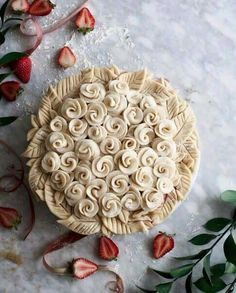 Pie crust art, Joy Home FB post.