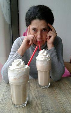 La duda Glass Of Milk, Ice Cream, Drinks, Desserts, Food, No Churn Ice Cream, Drinking, Tailgate Desserts, Beverages