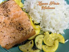 Cooking Lemon Pesto Salmon using this method insures that the salmon is very tender, succulent, delicious & the cleanup is basically nonexistent! Salmon Recipes, Fish Recipes, Beef Recipes, Baked Fish, Baked Salmon, Pesto Salmon, Home Chef, Dinner Recipes