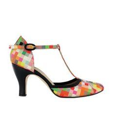 Pixelated heels