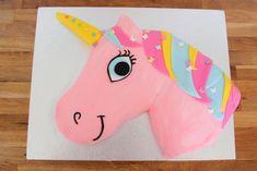 17 Amazingly Easy Unicorn Cake Ideas You Can Make at Home How To Make A Unicorn Cake, Easy Unicorn Cake, Unicorn Cake Pops, Unicorn Cakes, Animal Birthday Cakes, Unicorn Birthday Parties, Unicorn Party, Cake Birthday, 4th Birthday