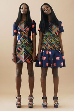 afrikanischer stil View the House of Holland Resort 2014 collection. See photos and video of the runway show. House of Holland African Inspired Fashion, African Print Fashion, Africa Fashion, Fashion Prints, African Prints, Fashion Textiles, Ankara Fashion, African Fabric, Fashion Week
