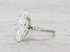 Conflict free vintage  moval  cut diamond from the 1920s