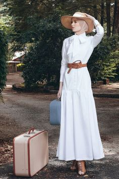European Western Vintage Inspired Retro Hijab Fashion Diana Kotb Baroness Dress in White - Women's fashion interests Muslim Fashion, Modest Fashion, Hijab Fashion, Fashion Outfits, Womens Fashion, Fashion Trends, Dress Fashion, Diana Fashion, Hijab Dress