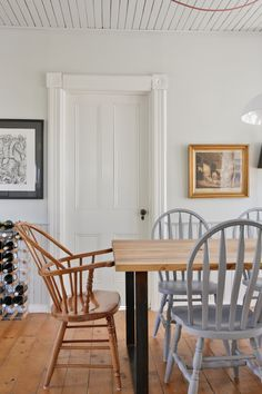 Dining chairs and table in farmhouse dining room