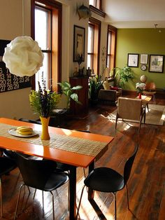 Wood trim everywhere? -- use warm paint colors. make wood trim look good and not old. how to design around all wood trim. Use warm walls and HARD FLOORS (wood or tile- i. NO CARPET) by patsy Natural Wood Trim, Dark Wood Trim, Green Accent Walls, Green Walls, White Walls, Taupe Walls, Warm Paint Colors, Halls, Handmade Home