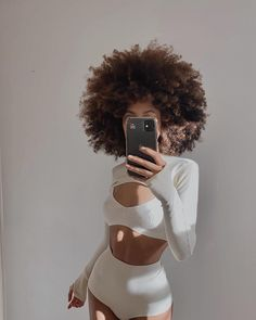 Afro Hairstyles, Straight Hairstyles, Curly Hair Styles, Natural Hair Styles, Maquillage Halloween, Black Girl Aesthetic, Natural Hair Inspiration, Natural Curls, African Beauty
