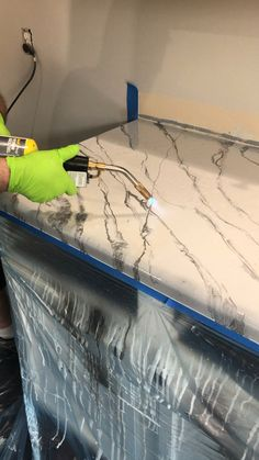 Epoxy Kitchen Countertops - Home ideas - Cost Of Kitchen Countertops, Limestone Countertops, Glass Countertops, Countertop Materials, Epoxy Resin Countertop, Stained Concrete Countertops, Painting Laminate Countertops, Countertop Redo, Papel Contact