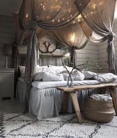 41 Glamorous Canopy Beds Ideas For Romantic Bedroom. Glamorous Canopy Beds Ideas For Romantic Bedroom 37 Ever since I was a child, I have adored canopy beds. Growing up, my parents had a great wrought iron […] Dream Rooms, Dream Bedroom, Home Bedroom, Pretty Bedroom, Fantasy Bedroom, Farm Bedroom, Modern Bedroom, Urban Chic Bedrooms, Glamorous Bedrooms