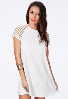 Berangaria Swing Dress With Caged Sleeves - Dresses - Shift Dresses - Missguided