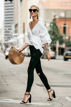 Summer street style fashion trend black jeans white shirt basket bag peasant sleeve classy casual chic Street style, street fashion, best street style, OOTD, OOTD Inspo, street style stalking, outfit ideas, what to wear now, Fashion Bloggers, Style, Seasonal Style, Outfit Inspiration, Trends, Looks, Outfits.